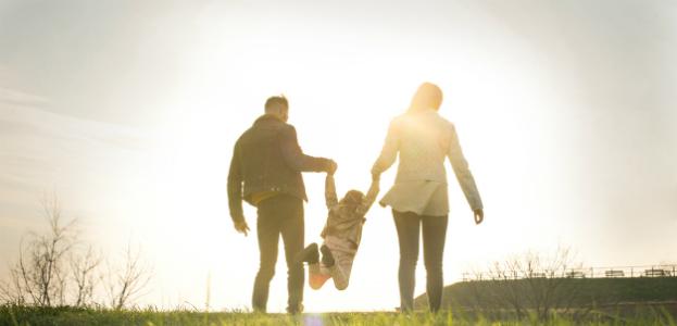 Couple_Walking_623