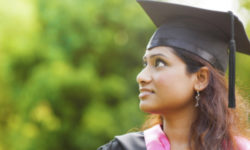 College_Grad_623