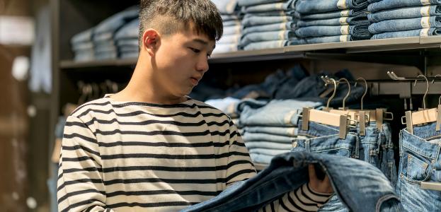 Kid_Shopping_623